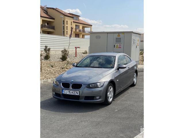 BMW 320d E92 navigație automat