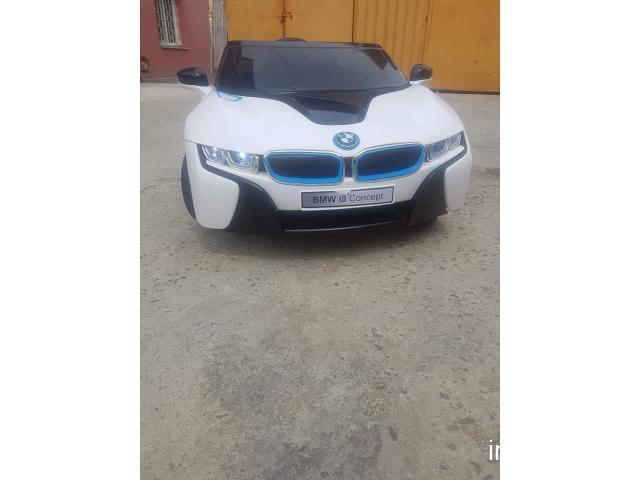 Mașinuță electrică