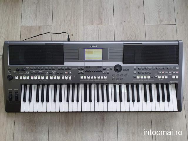 Orgă Yamaha PSR S670