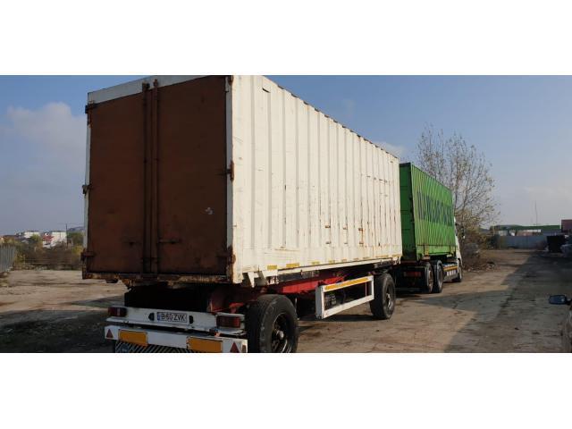Remorca platforma transport containere KRONE AZW 18  + camion. Ansamblul Total 40 tone