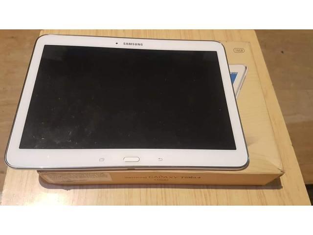 Tabletă Samsung Tab4