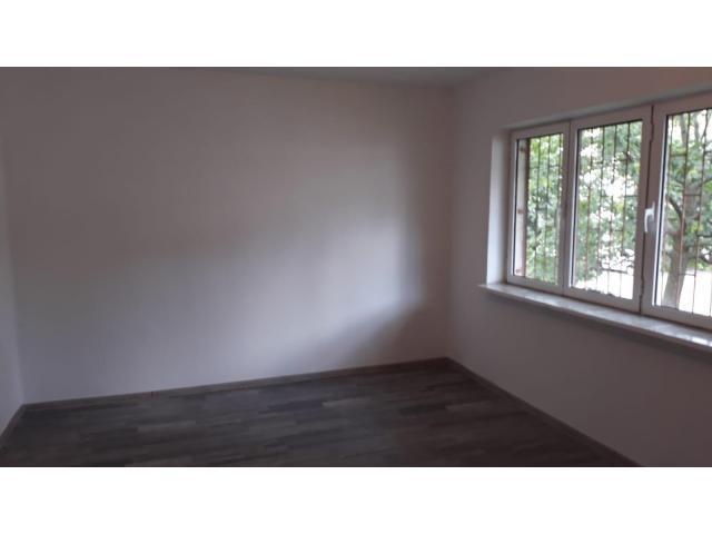 Apartament 4 camere decomandat, parter, 80 mp, curat, liber