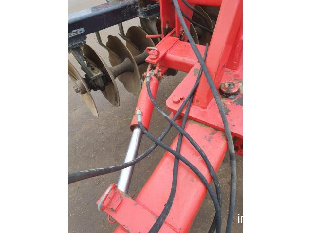Vand disc agricol greu in V marca Quivogne APV TL36, rolou bare, repliabil hidraulic