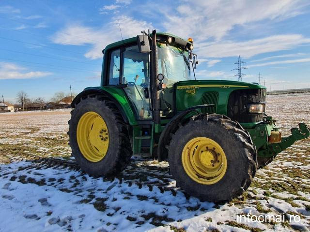 Tractor John Deere 6320 Premium, an 2004, 4x4. IMPORT 2021