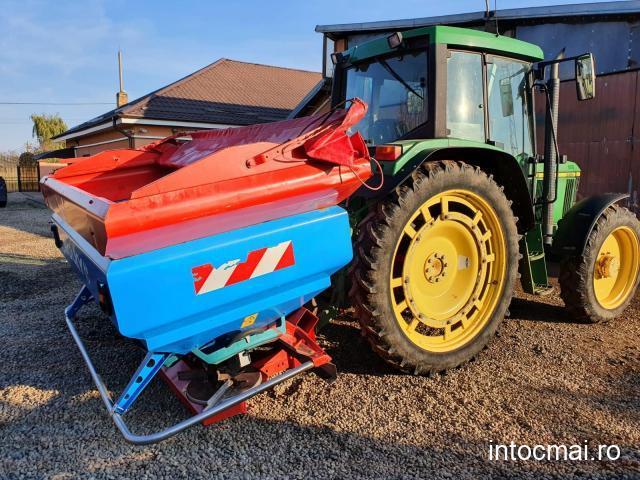 Distribuitor de îngrășăminte Sulky X36, an 2008, latime de lucru reglabila 24-36metri, 3.000 litri